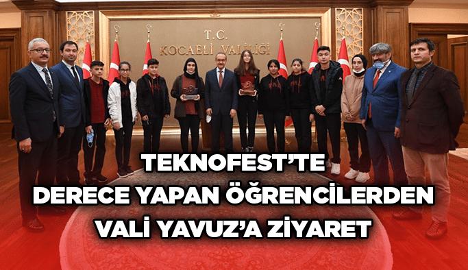 TEKNOFEST'te derece yapan öğrencilerden Vali Yavuz'a ziyaret
